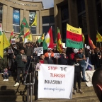 Hundreds gather in support of Kurds under Turkish attack